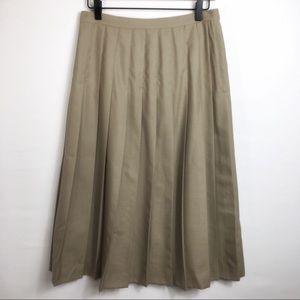 Vintage Wool Pleated Skirt in Olive Tan, 10